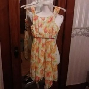 pogo club Dresses - Girls adorable flowered sundress with braided belt